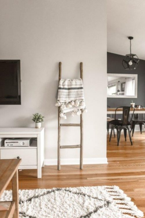 savvy-interiors-by-design-property-styling-feauture-ladder-stock
