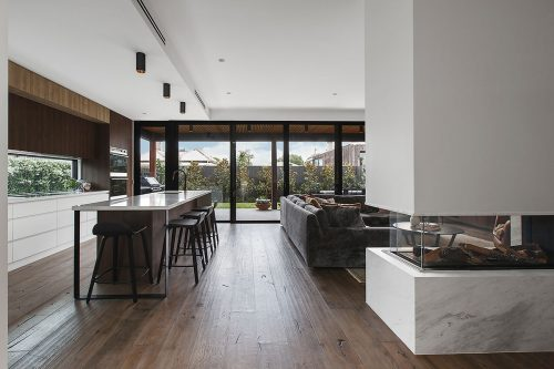 savvy-interiors-by-design-kitchen-lounge-fireplace