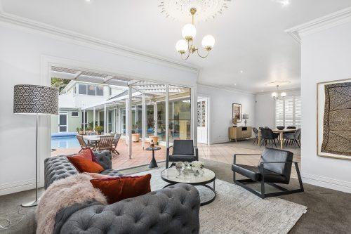 Morris St-10-Lounge-Room-Backyard-view