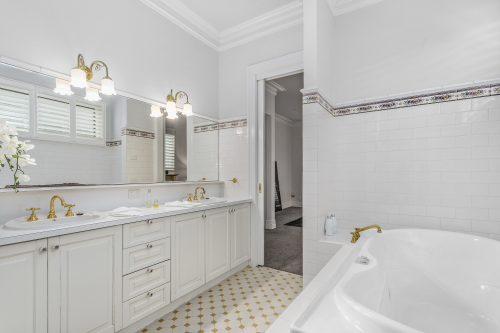 Morris St-40-Bathroom